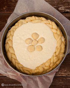 PASCA CU MAC | Diva in bucatarie Mac Diva, Desserts, Food, Tailgate Desserts, Deserts, Essen, Postres, Meals, Dessert