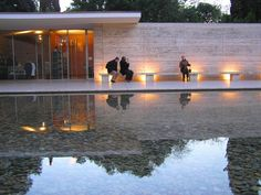 The Barcelona Pavilion. Built by Ludwig Mies van der Rohe in 1929 for the Universal exhibition. Architecture Images, Minimalist Architecture, Contemporary Architecture, Architecture Details, Ludwig Mies Van Der Rohe, Bauhaus, Style International, Famous Architects, Chapelle