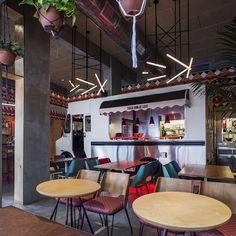 Settle in for some food truck fare in the comfort of a proper restaurant at Tel Aviv's Truck Deluxe... http://www.we-heart.com/2015/03/31/truck-deluxe-tel-aviv/