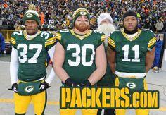Aaron Rodgers:Photobomb for Christmas