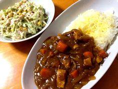 今日の晩ご飯はチキンカレー(チーズライスオン)とツナとコーン入りコールスローサラダ♪ - 12件のもぐもぐ - チキンカレーとコールスローサラダ by fighterscurry