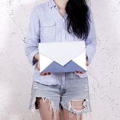 Letter Medium Tricolor