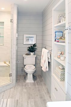 Fresh and cool small bathroom remodel and decor ideas (45)