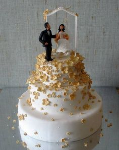 But these wedding cakes are simply amazing. Frankly, these cakes are the most beautiful wedding cakes I have ever seen. But these wedding Creative Wedding Cakes, Beautiful Wedding Cakes, Wedding Cake Designs, Wedding Ideas, Gorgeous Cakes, Amazing Cakes, Amazing Art, Wedding Stuff, Wedding Photos
