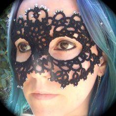 mascara crochet :  This is beautiful