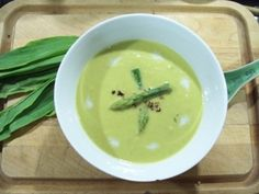 Lemongrass-Infused Asparagus Soup