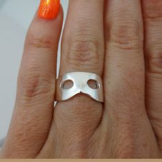 FashionJunkie4Life - Sterling Silver Phantom of the Opera Mask Ring