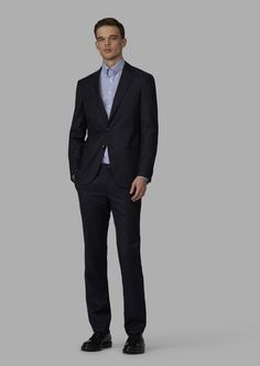 Fine materials and design for this Slim Fit Half Canvas Woven Twill Soho Suit by Giorgio Armani Men. Take a look at the official online store now. Giorgio Armani, Soho, Armani Ties, Smoking, Fashion News, Mens Fashion, Tuxedo For Men, Italian Fashion, Mens Suits
