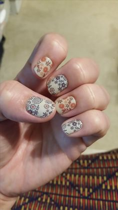 I am in love with Boho Blossoms!