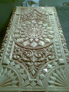 Modern Wooden Doors, Wooden Door Design, Wood Carving Designs, Chip Carving, Home Gadgets, Woodcarving, Anarchy, Wood Crafts, Sculptures