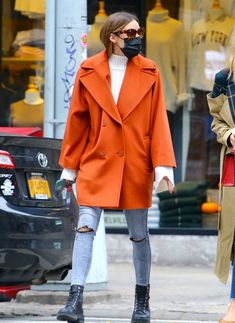 Look Olivia Palermo, Olivia Palermo Outfit, Estilo Olivia Palermo, Olivia Palermo Lookbook, Winter Fashion Outfits, Denim Fashion, Star Fashion, Mode Outfits, Casual Outfits