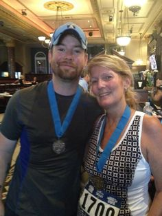 David Cook (thedavidcook) on Twitter    David and his mom. :)