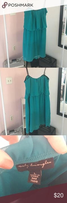 Large - deep teal - strapless dress Cute dress worn once in Jamaica! Beautiful color and lightweight! Dresses Midi