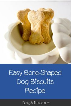 Looking for a fun homemade Halloween dog treat recipe similar to the milk bones that you buy in the store? Dog Biscuit Recipes, Dog Treat Recipes, Dog Food Recipes, Homemade Halloween, Dog Halloween, Halloween Treats, Best Dog Food, Dog Biscuits, Shaped Cookie