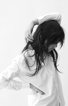 Le Fashion Blog -- Charlotte Gainsbourg x Current Elliott Collection -- French Style --  White Button-Down Shirt, Long Hair & Bangs -- photo 2-Le-Fashion-Blog-Charlotte-Gainsbourg-Current-Elliott-Collection-White-Button-Down-Shirt-Long-Hair-Bangs.jpg