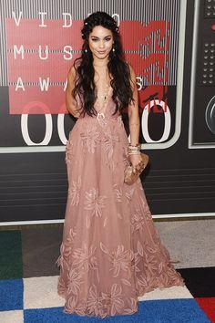 Vanessa Hudgens' Dress Confirms That The VMAs Are Basically Formal Coachella