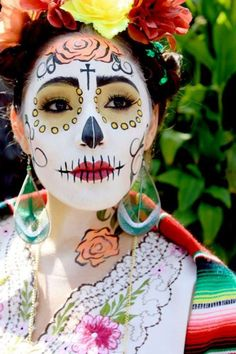 """It may just look like a beautiful, creative look for Halloween, but the fact is the """"sugar skull"""" makeup is rooted in much more that just cool face paint. Sugar Skull Makeup, Sugar Skull Art, Sugar Skulls, Zombie Face Paint, Cool Face Paint, Dead Makeup, Face Makeup, Day Of The Dead Skull, Kids Makeup"""