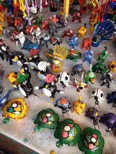 Animalitos de juguete con movimiento.