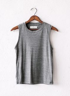 heather muscle tee // imogene and willie