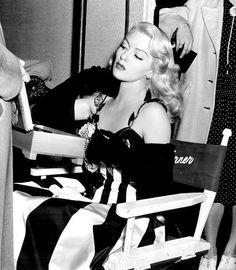 stfumadison:  Lana Turner