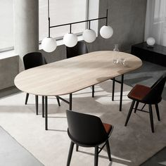 Buy Snaregade Oval Table from Menu. Originally Norm Architects designed a table especially for Bjarne Hansen – the creative director and founder at Menu. Mesa Oval, Oval Table, Decoration Table, Solid Oak, Bulb, Home Decor, Modern City, Modern Shop, City Living
