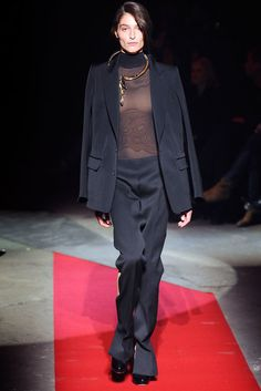 Maison Margiela Fall 2010 Ready-to-Wear Collection Photos - Vogue