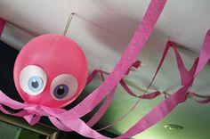Faça você mesma uma decoração simples e bonita com tema fundo do mar gastando pouco!