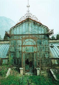 Abandoned Victorian Style Greenhouse, Villa Maria, in northern Italy near Lake Como. The exact location of the photo was over the hotel Villa Carlotta in Tremezzo near Lake Como in northern Italy. The Villa Maria has undergone a restoration since Old Buildings, Abandoned Buildings, Abandoned Places In London, Beautiful Buildings, Beautiful Places, Beautiful Architecture, Romantic Places, Abandoned Mansions, Old Mansions