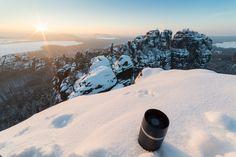 https://flic.kr/p/E2hnmZ | Best coffee of the day! | Wind is cold, coffee is (still) hot. That's how I roll :)  --------------------------------------------------------------------------------------------------- If you are interested in a digital copy or a print of this photograph (or other photographs), please drop me an Email: derliebewolf@web.de  Wenn jemand Interesse an einem digitalen Abzug oder einem Ausdruck von diesem Foto (auch von anderen Fotos von mir) hat, schreibt mir einfach…