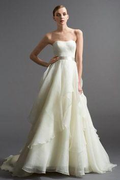 Watters 'Zuanna' size 6 used wedding dress - Nearly Newlywed