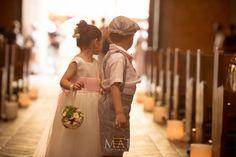 Is she coming? what's taking her so long?  I love this pic!!! Mi Boda En Cartagena... #mibodaencartagena, #cartagenabodas #weddingcartagena @mibodaencartagena