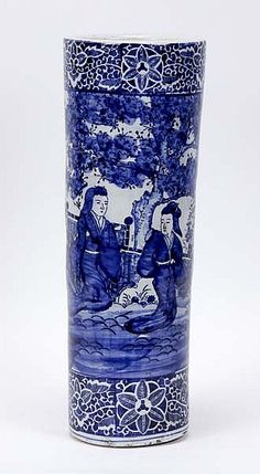 Chinese blue and white porcelain umbrella stand; s -