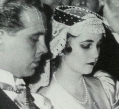 Barbara Hutton at her first wedding marrying Alexis Mdivani. She is wearing the Marie Antoinette pearls.