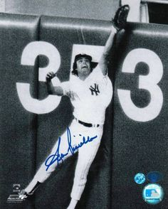 Lou Piniella New York Yankees Autographed 8x10 Photo -Catch at the Wall-