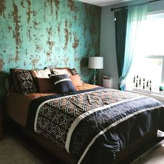 Fantastic bedroom feature wall finish with Modern Masters Metallic Paint | Project by decorative artist Kathy Hynes of Atlanta, GA