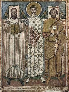Meister der Demetrius-Kirche in Saloniki 002 - Byzantine art - Wikipedia Mosaic from the church of Hagios Demetrios in Thessaloniki, late or early century, showing St. Demetrios with the bishop and the eparch Early Christian, Christian Art, Ancient History, Art History, Arte Latina, Art Romain, Fall Of Constantinople, Tapestry Of Grace, Early Middle Ages