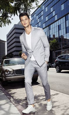 A lightweight grey suit is perfect for summertime