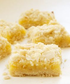 Lemon Almond Crumb Bars are far from ordinary with a crumb topping, almonds, and a hint of ginger. These are grown-up lemon bars! - Bake or Break Lemon Desserts, Lemon Recipes, Just Desserts, Sweet Recipes, Delicious Desserts, Yummy Food, Health Desserts, Yummy Treats, Sweet Treats