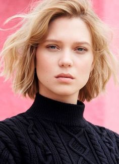 Your number source for everything dedicated to the beautiful and talented French actress Léa… - Léa Seydoux Daily Actresses With Black Hair, Brunette Actresses, Ginger Actresses, Rekha Actress, Pakistani Actress, French Bob, Egyptian Actress, Mexican Actress, Chinese Actress