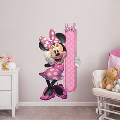 Put your passion on display with a giant Minnie Mouse: Growth Chart - Giant Officially Licensed Disney Removable Wall Decal Fathead wall decal! Minnie Mouse Room Decor, Minnie Mouse Wall Decals, Mickey Mouse Decorations, Disney Wall Decals, Mickey Minnie Mouse, Pink Decorations, Baby Doll Nursery, Baby Disney, Disney Nursery