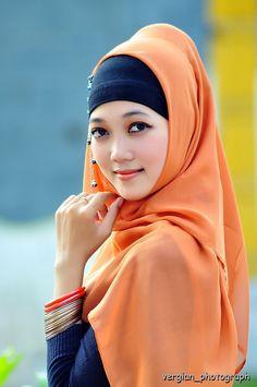 Anggun ala jilbab