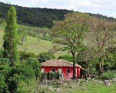 bela casinha na Zona rural de Belo Vale a 82 km de Belo Horizonte.
