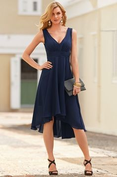 Boston Proper Flowy hi-lo dress Dressy Casual Wedding, Casual Elegant Style, Mother Of Bride Outfits, Mother Of Groom Dresses, Dressy Dresses, Dress Outfits, Short Dresses, Dusty Pink Bridesmaid Dresses, Casual Cocktail Dress