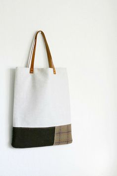 just a tote by coloursknits, via Flickr