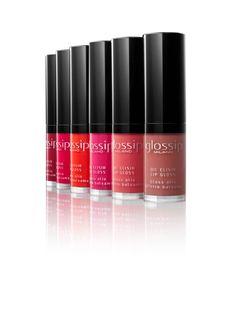 Il tuo nuovo segreto per labbra irresistibili? Si chiama Oil Elisir Lip Gloss, il nuovissimo olio labbra effetto balsamo. Colore succoso, azione idratante e un incredibile effetto specchio!