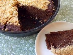 Shoo-Fly Cake: 1800s recipe of a molasses-y cake with a shortbread-y topping