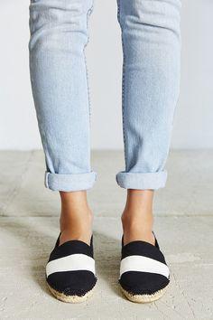 los angeles db06f 6fff0 Zapatos súper lindos y frescos para las que odian las sandalias. Zapatos  Cómodos ...