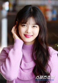 Kim Yoo-jung - Most Sensational South Korean Actress Photos Korean Makeup Look, Korean Beauty, Asian Beauty, Beauty Full, Girl Celebrities, Korean Celebrities, Kim Yoo Jung Photoshoot, Suzy, Kim Joo Jung