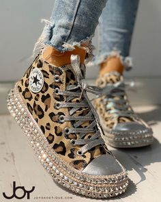 Leopard Rivet Embellished Lace-Up Sneakers Style:Fashion Pattern Type:Leopard Material:Canvas Occasion:Casual Package Incl. Yeezy Sneakers, Casual Sneakers, High Top Sneakers, Casual Shoes, Leopard Sneakers, Shoes Sneakers, Casual Pants, Sneakers Design, Sneakers Style