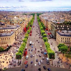 Champs-Élysées a Parigi, Île-de-France